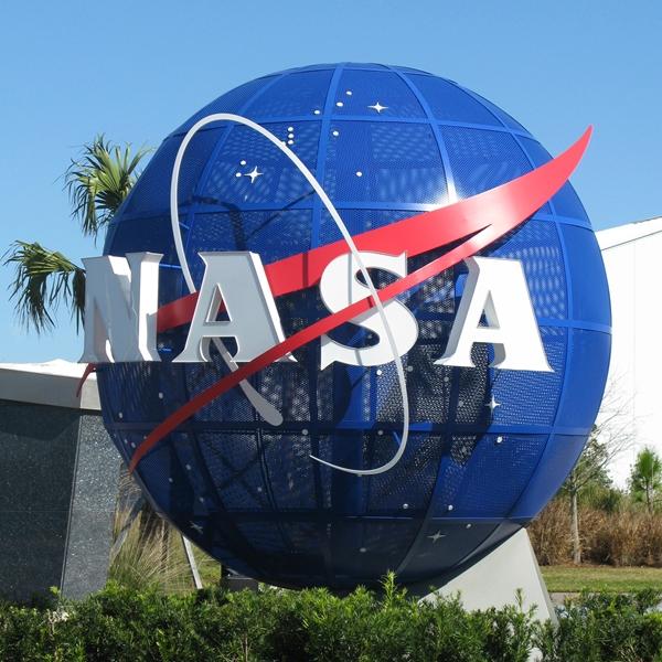 Polecieć w kosmos.Kennedy Central Space (NASA)