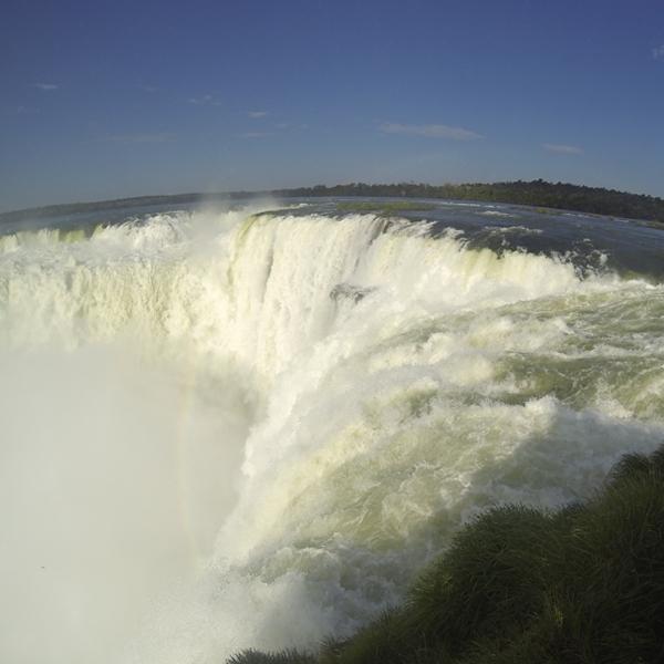 Wodospad Iguazu największy, jaki można zobaczyć w Ameryce Południowej